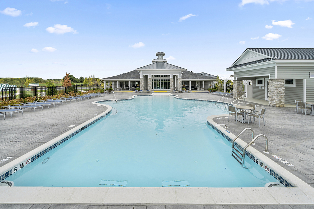 Image of the pool outside the Bay Bride Cove Community Clubhouse