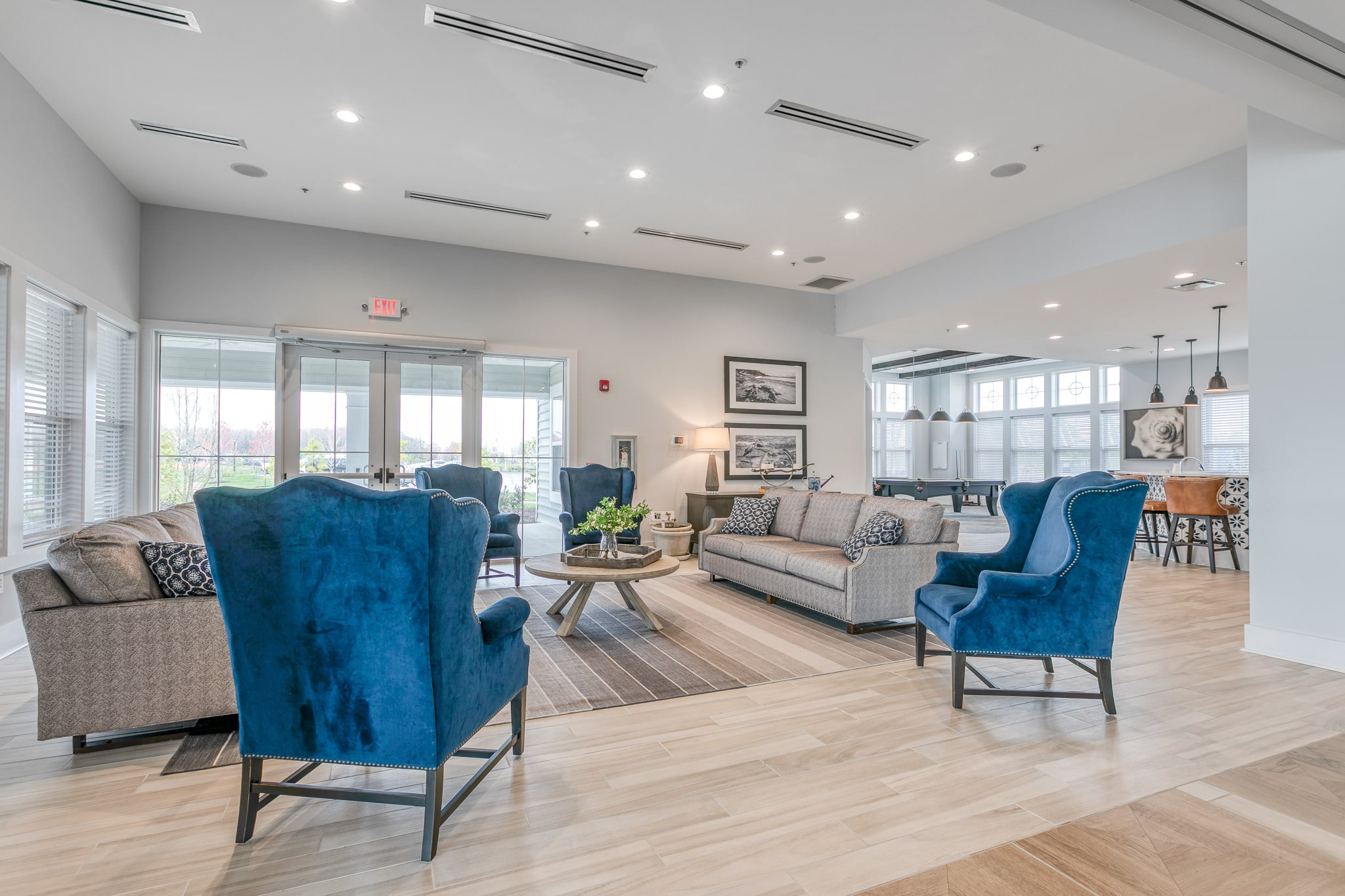 Image of a sitting area inside the Bay Bride Cove Community Clubhouse