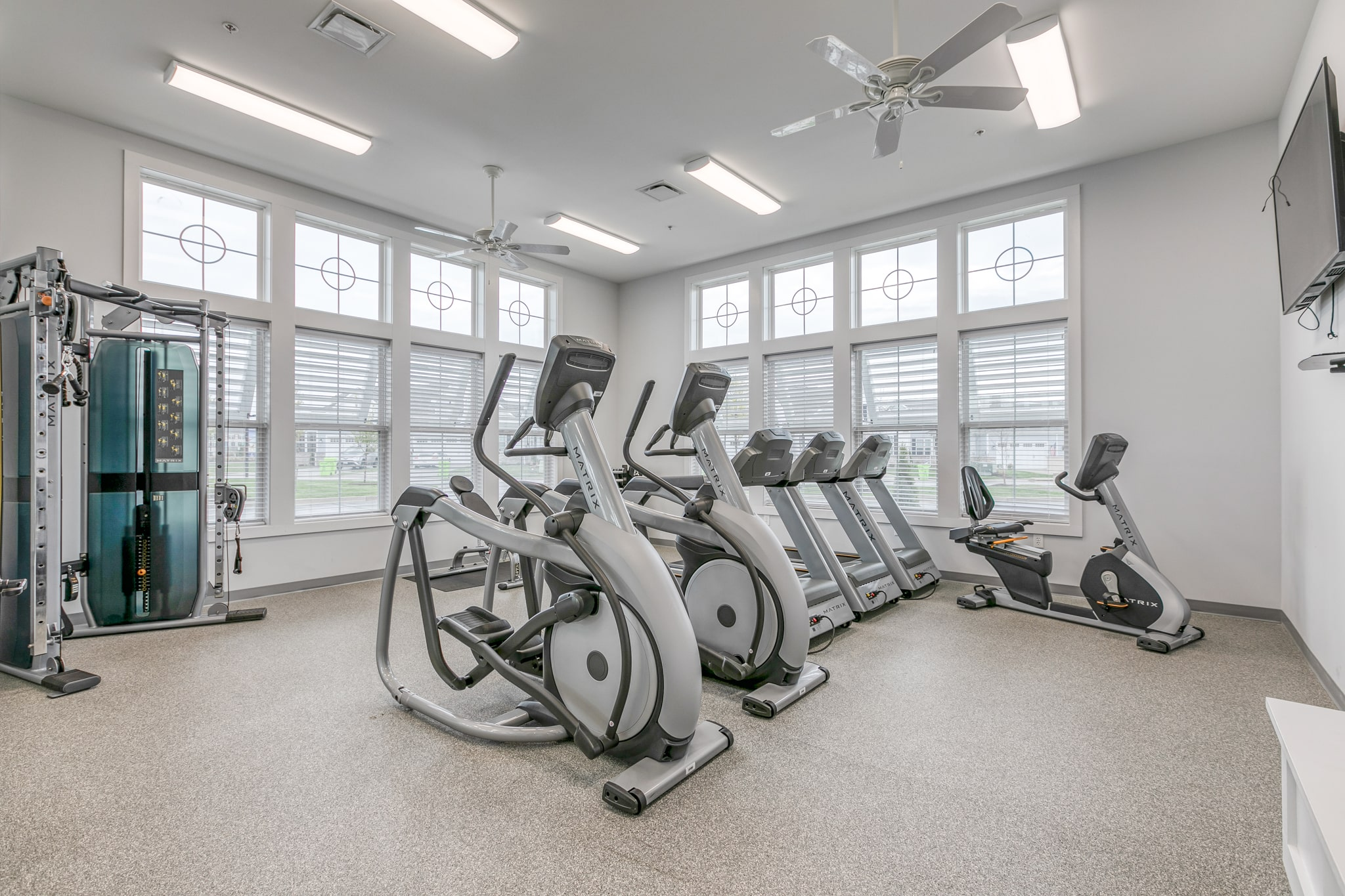 Image of the fitness center inside the Bay Bride Cove Community